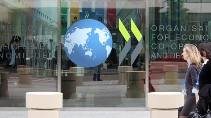 136 países firman un histórico acuerdo para un impuesto mundial del 15 % a las multinacionales