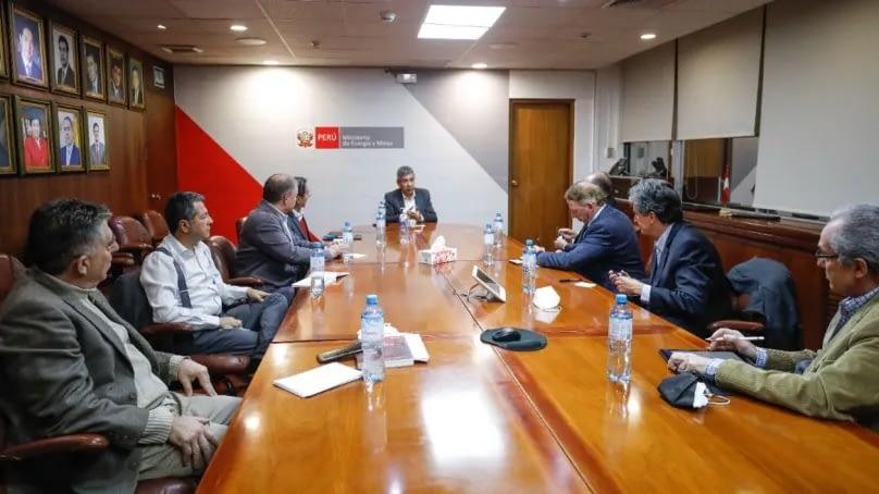 MINEM: Se buscará un enfoque territorial integral y nuevos impuestos