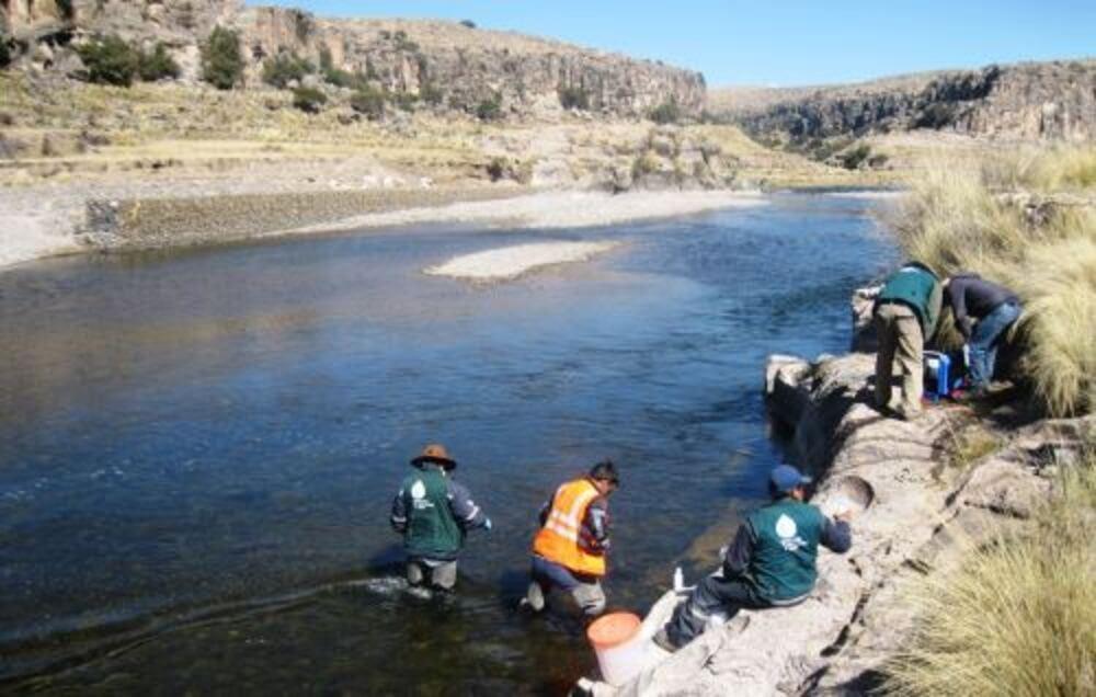 Arequipa: Denuncian mineras en Caylloma por impactos ambientales en operación