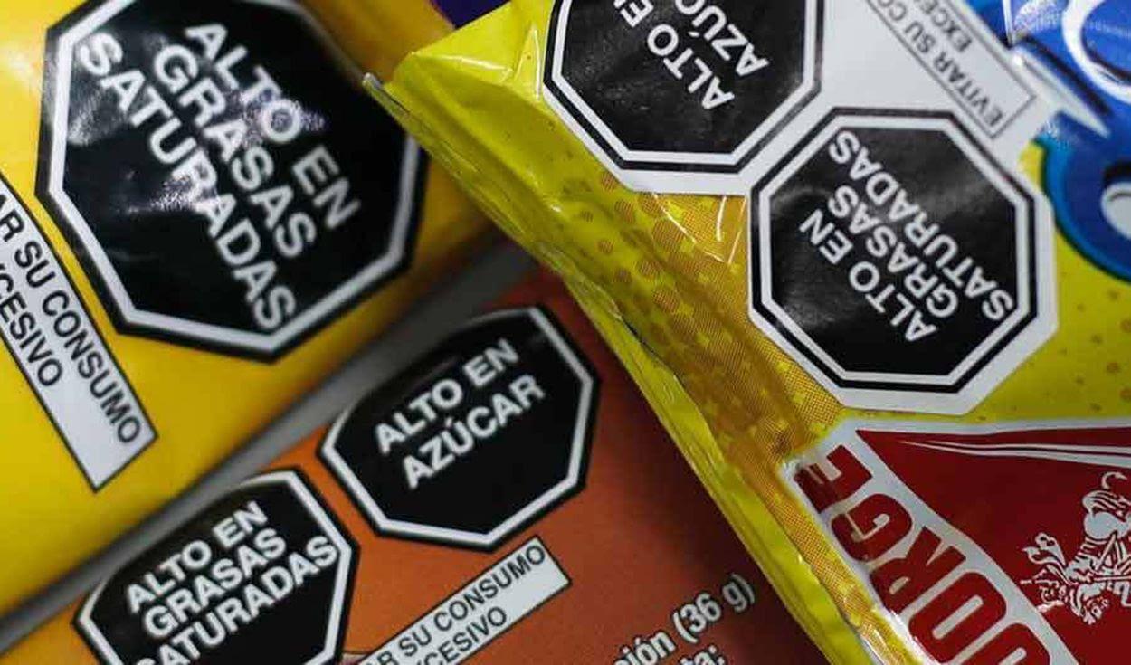 Gobierno cedió a empresas frente al uso de octógonos adhesivos para productos importados