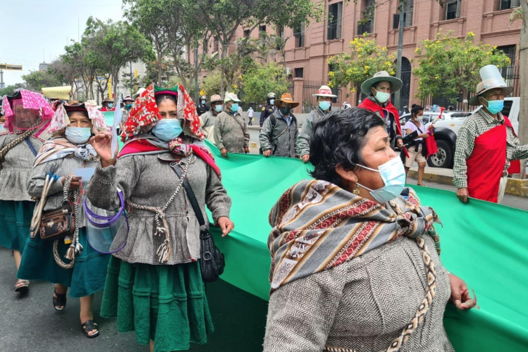Congreso: Líderes indígenas rechazan militarización en sus territorios